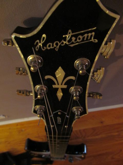 Hagstrom F200