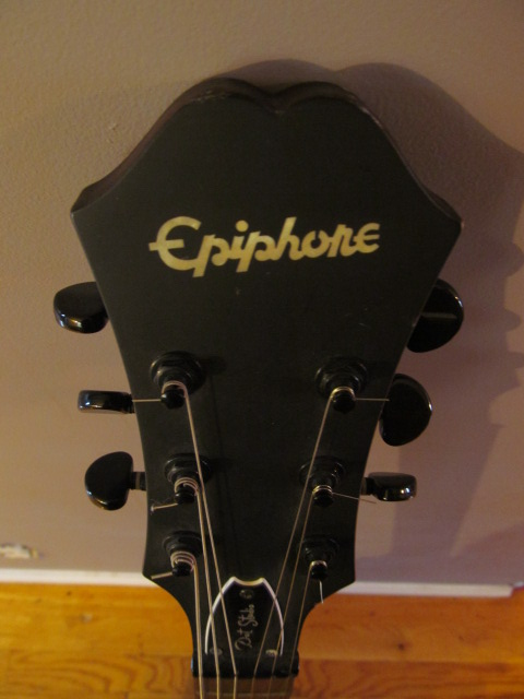 Epiphone Dot Studio Hollow body